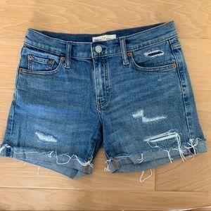"""Gap 5"""" Denim Shorts"""